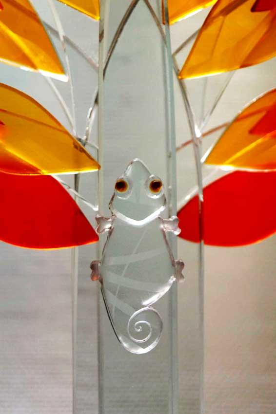 """Accueil : portfolio la nature, arborescence, ensemble sculpté et gravé au jet de sable, pièce unique assemblage verre,verre St Just intitulée """"biomimétisme"""" (détail)"""