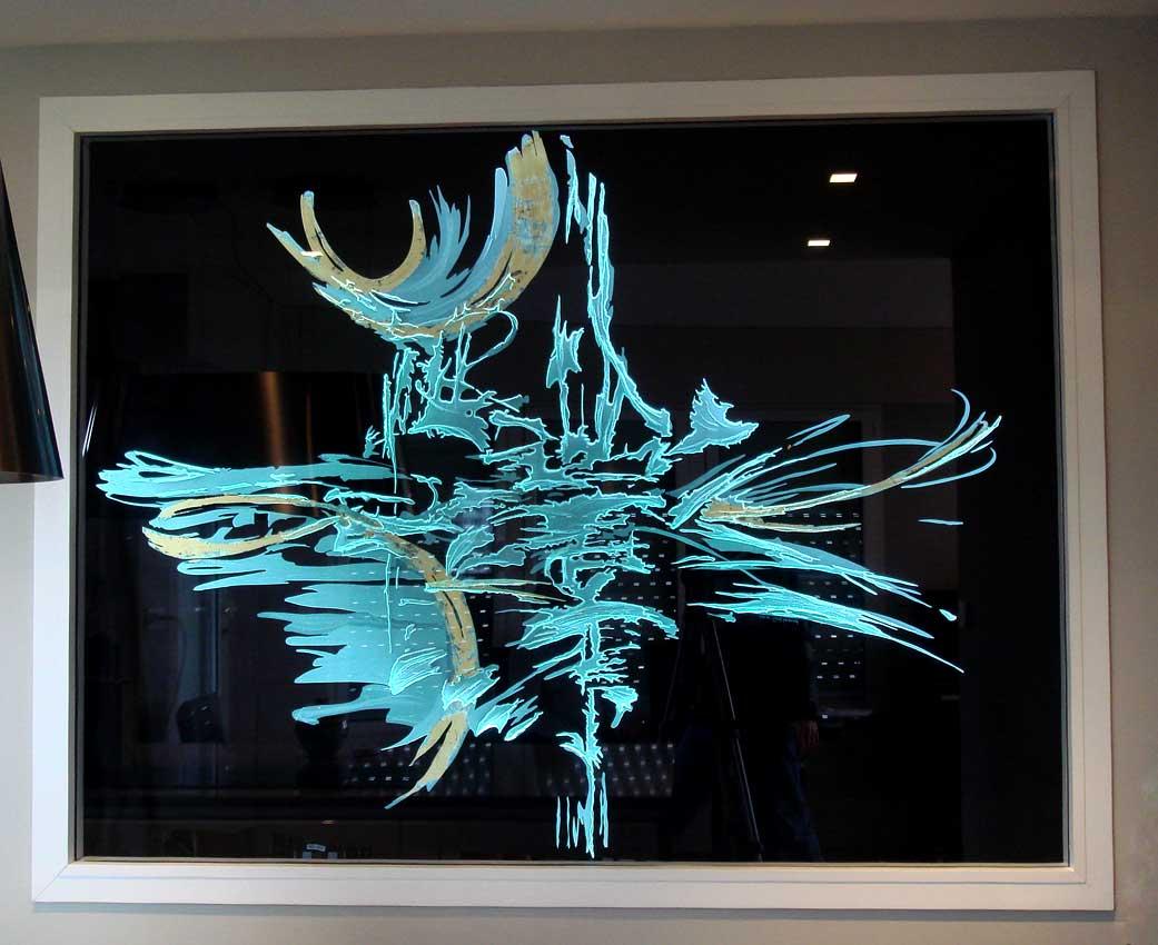Accueil : portfolio déco,projet 2,d'après encre sur papier,séparatif lumineux dalle de vere extra-blanc 19 mm gravée,rehauts de feuille d'or,éclairage LED RGB (Mick Loeffel)