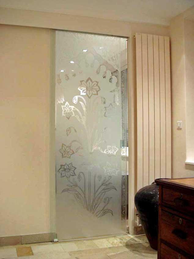 Accueil : portfolio déco,projet 6, portes coulissantes verre sécurit gravées ,inspiration Moghole , pièces uniques sur mesure