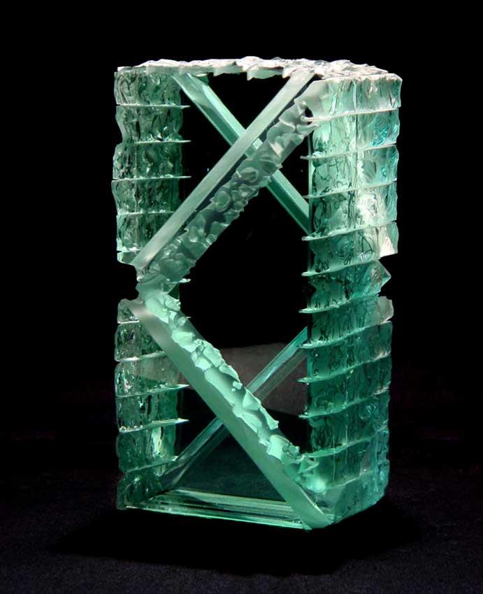 Accueil : portfolio l'absraction, abstraction assemblage verre gravé,scié,poli,dépoli,collé,éclaté au burin,pièce unique