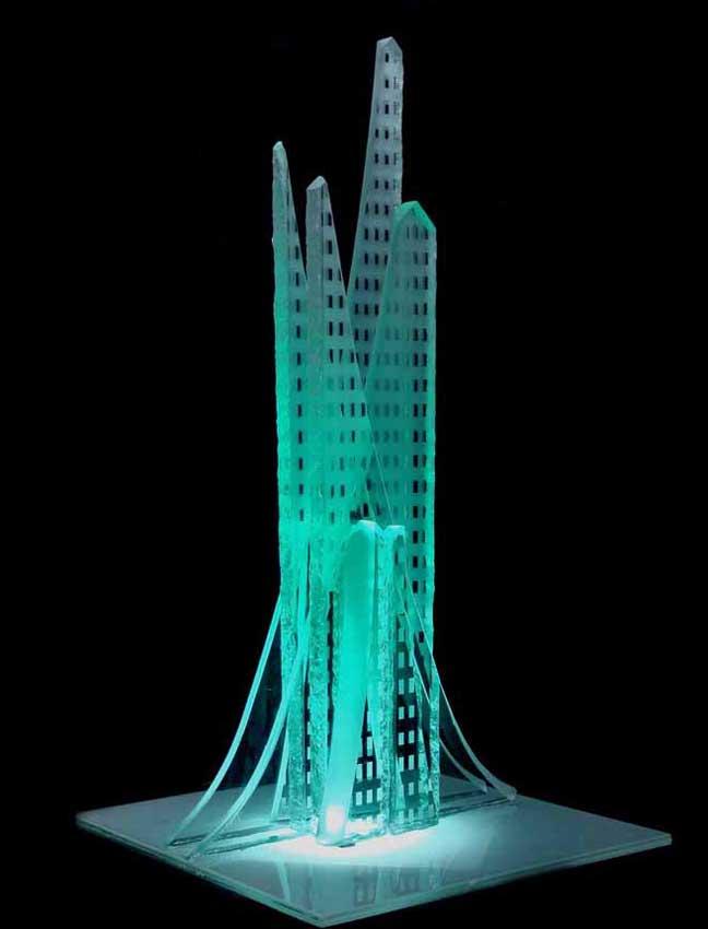 Accueil : portfolio l'absraction,architectures assemblage verre gravé ,grugé,collé,dépoli,pièce unique